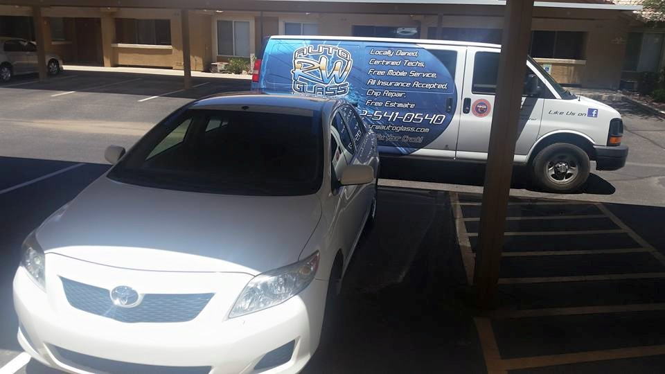 Windshield Replacement Mobile Service